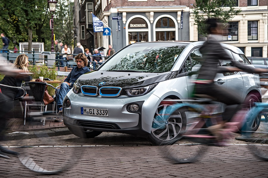 Moscow-Minsk-Guide-BMW-I3-4